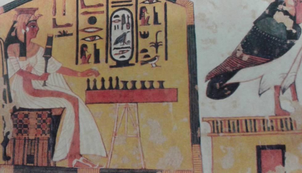 La reina Nefertari, pintada en su tumba en Luxor.