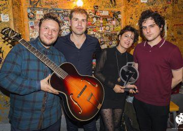 Triángulo de Amor Bizarro gana el Premio Ruido al mejor disco nacional del 2016