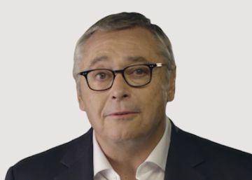 Michael Robinson enseña inglés con EL PAÍS