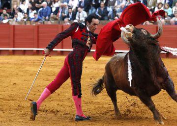 La sensibilidad taurina del PSOE huele a chamusquina