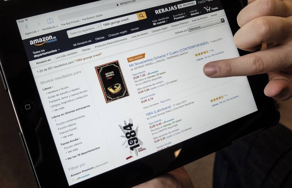 Um usuário de Internet na página da Amazon que vende edições de '1984'.