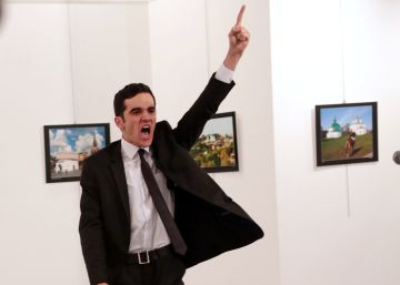 El asesinato del embajador ruso en Turquía, World Press Photo 2017