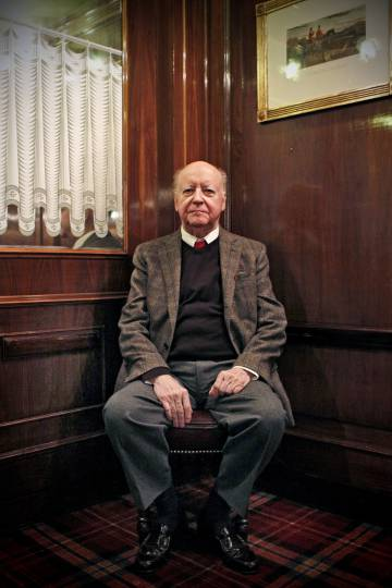 Jorge Edwards, en el madrileño hotel Wellington.