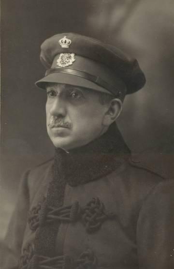 El general José Aranguren, en África.