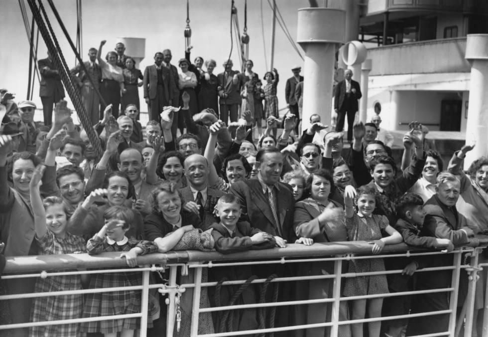 El barco 'St. Louis' salió de Hamburgo con 700 judíos, en la imagen a su llegada al puerto de Amberes, el 17 de junio de 1939.