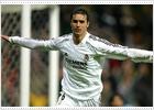 Helguera marca el tanto que da la victoria al Madrid (1-0)