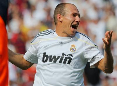 El jugador del Real Madrid Robben celebra uno de los goles marcados ante el DC United.