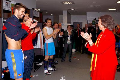 FOTOGALERIA: La Reina visita el vestuario