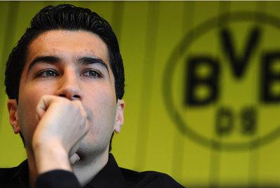 Sahin, durante la conferencia de prensa en la que confirmó que cambiaba el Borussia de Dortmund por el Madrid.