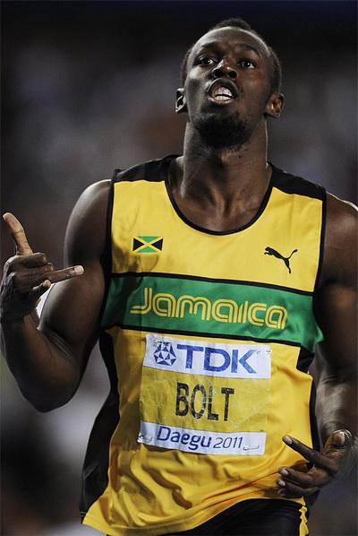 Bolt, después de ganar los 200m de Daegu.