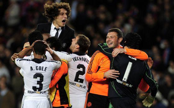 Los jugadores del Chelsea celebran el pase al final de la 'Champions'.