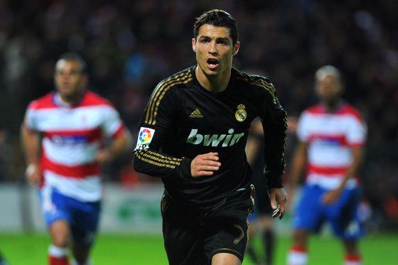 Cristiano Ronaldo, ante el Granada.