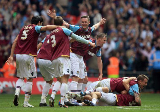 Los jugadores del West Ham celebran la victoria.