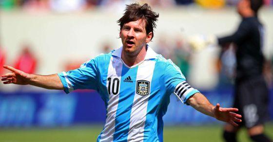 Messi celebra uno de sus tres goles.