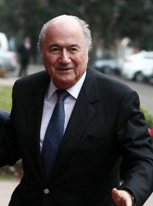 Joseph Blatter, durante una visita a Chile