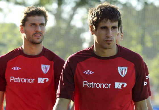 Javi Martínez y Llorente, en un entrenamiento del Athletic.