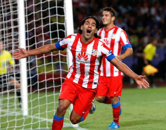 Falcao celebra su tercer gol del partido.