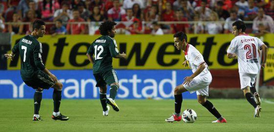 Navas y Cicinho, ante Cristiano y Marcelo