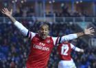 El Arsenal remonta cuatro goles y se impone 5-7 al Reading en la Copa