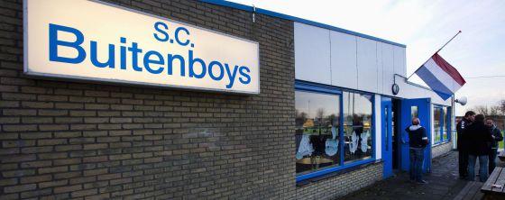 El club Buitenboys, donde jugaba el hijo del linier muerto tras recibir una paliza por parte de tres jugadores.