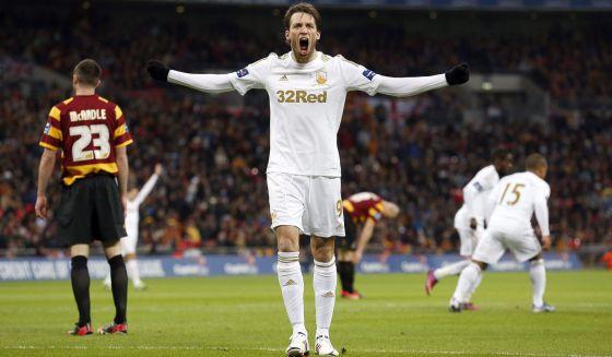 Michu celebra su gol al Bradford.