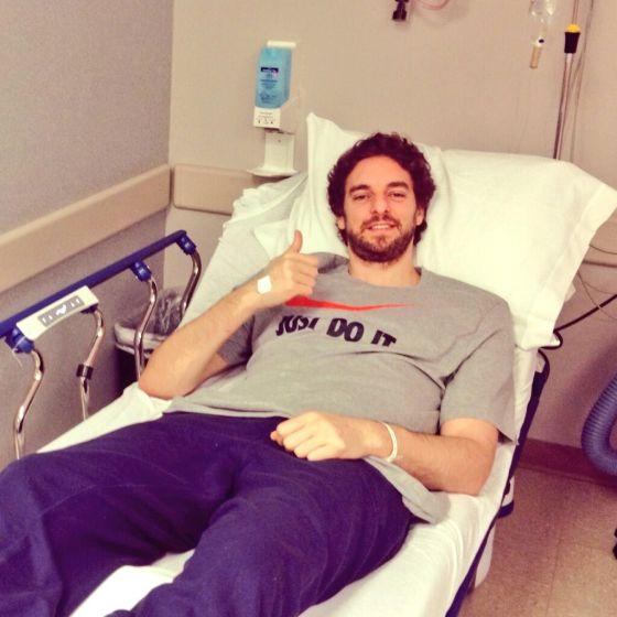 Pau Gasol, tras la operación.