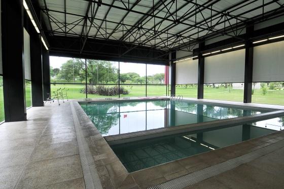 Una de las piscinas del complejo deportivo de Curitiba.