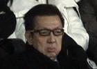 Peter Lim 'vigila' desde el palco