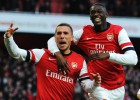 Oxlade-Chamberlain absuelve al Arsenal y se venga del Liverpool