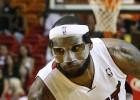 LeBron James agiganta el mito con 61 puntos ante el equipo de Jordan