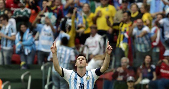 Messi se pone en la órbita de Neymar