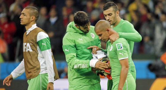 Los jugadores de Argelia tras perder ante Alemania.