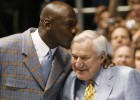 Fallece Dean Smith, el mentor de Michael Jordan