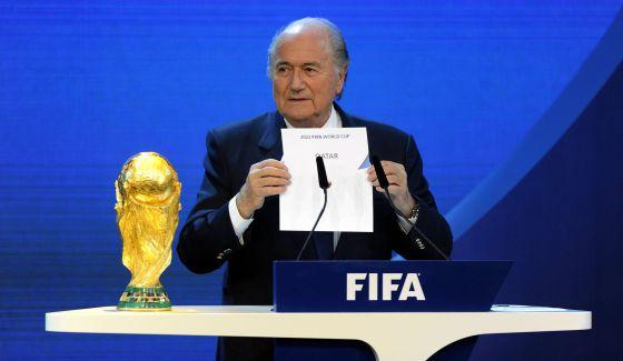 Blatter anuncia la concesión del Mundial 2022 a Qatar