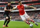 Bellerín y Alexis Sánchez lanzan al Arsenal