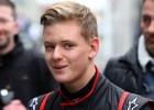 Mick Schumacher sigue las huellas de su famoso padre