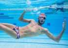 """Paltrinieri: """"Canto bajo el agua para no aburrirme"""""""
