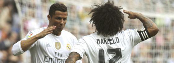 Cristiano celebra su gol a Las Palmas con Marcelo.