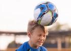 Estados Unidos proíbem cabeçadas no futebol infantil
