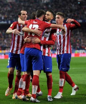 Jugadores del Atleti celebra un gol.