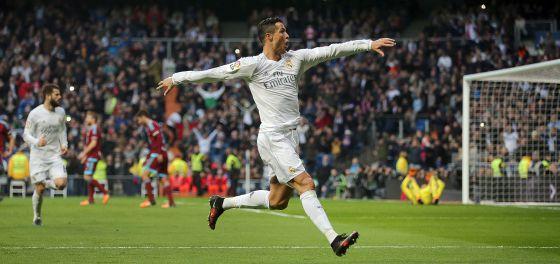 Ronaldo celebrando su segundo gol.