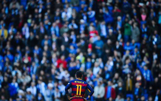 Neymar, en Cornellà, durante el derbi.