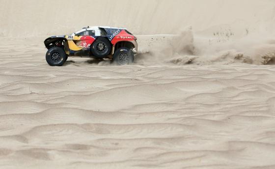 Carlos Sainz, durante la última etapa del Dakar.