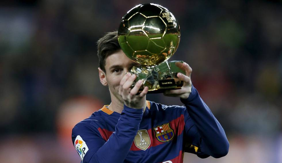 Messi, con el Balón de Oro.