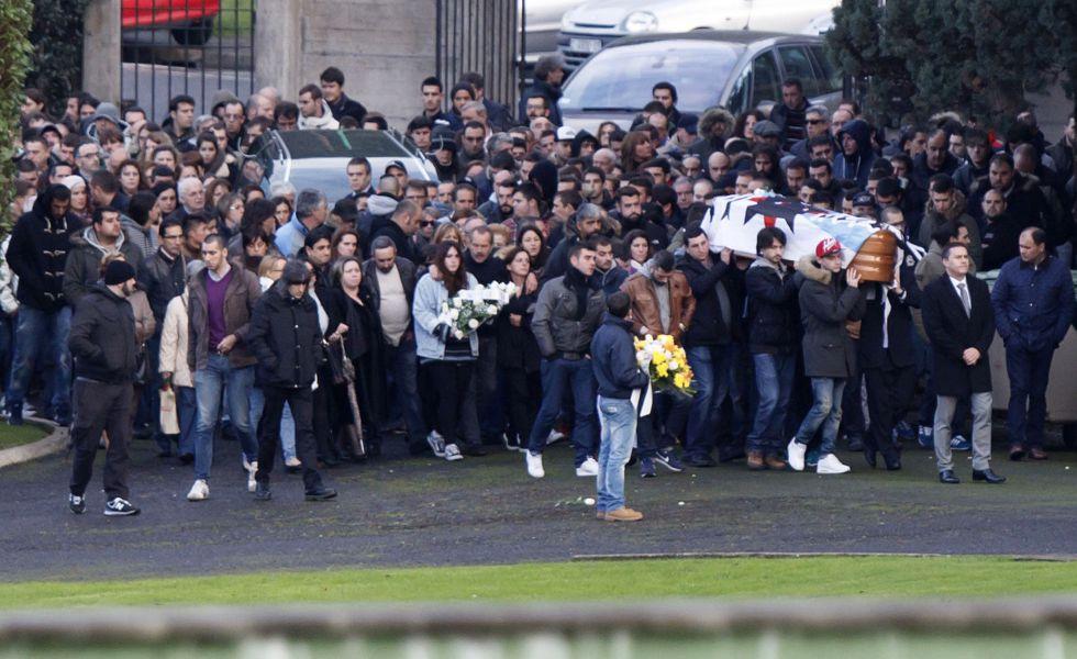 Entierro de Romero Taboada en Feans (A Coruña) el 2 de diciembre de 2014.