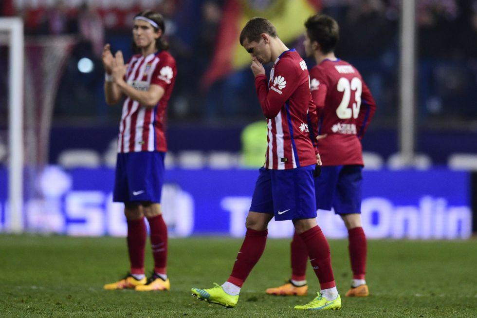 Griezmann, Filipe Luis y Vietto, tras caer eliminados de la Copa