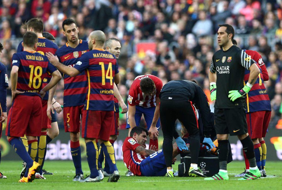 Augusto Fernández, tras lesionarse en su partido ante el Barcelona