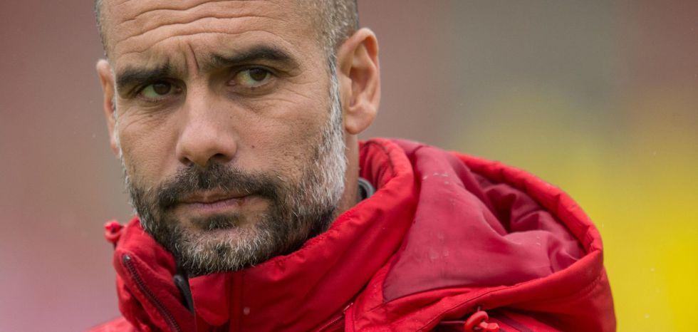Guardiola, durante un entrenamiento del Bayern.