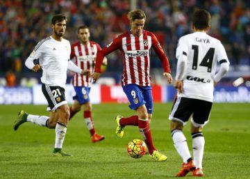 El Atlético remonta ante el Eibar y Fernando Torres marca su gol 100