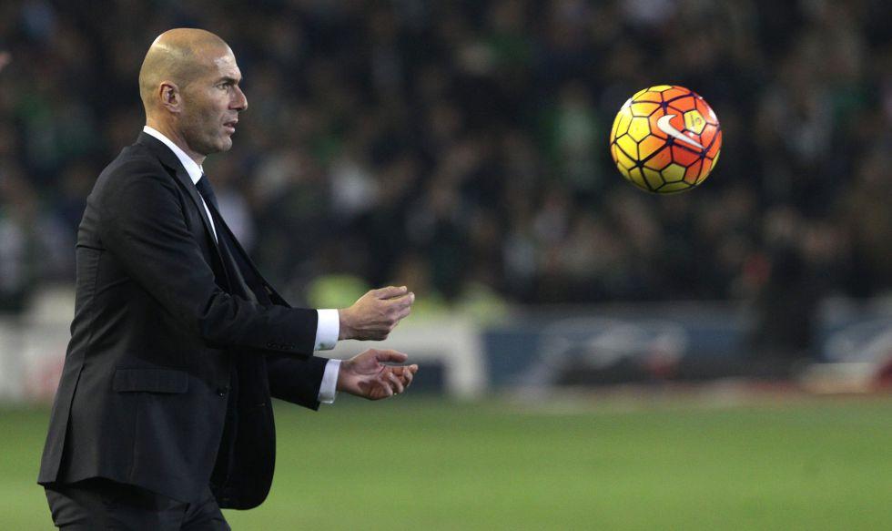 Zidane, en el partido ante el Betis.